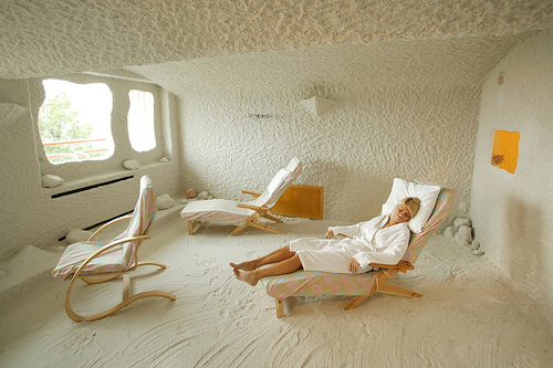 Salt Therapy Methods Of Treatment